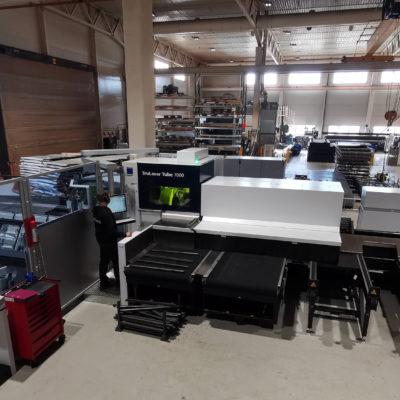 Den nye profillasermaskinen TruLaser Tube 7000 har fått en sentral plass i verkstedet.